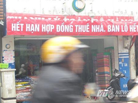 Cua hang trung bang-ron 'hoan canh' hut khach cuoi nam - Anh 4