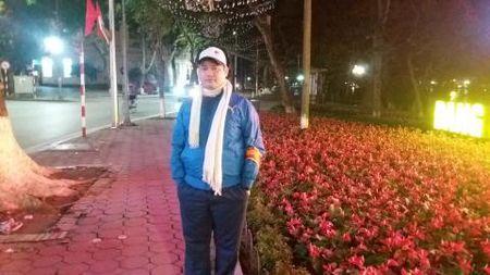 Trom hoa o Ho Guom: Da Nang, Vung Tau khuyen Ha Noi - Anh 3