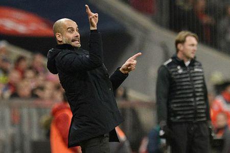 """DIEM TIN SANG (3.2): Ha Noi T&T """"mat"""" Tet, Guardiola se giup Man City """"xung ba"""" - Anh 1"""