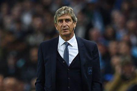 """DIEM TIN SANG (3.2): Ha Noi T&T """"mat"""" Tet, Guardiola se giup Man City """"xung ba"""" - Anh 3"""