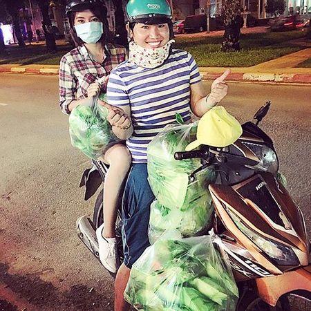 Khoanh khac binh di cua sao Viet khi mua ban 'cho coc' - Anh 10