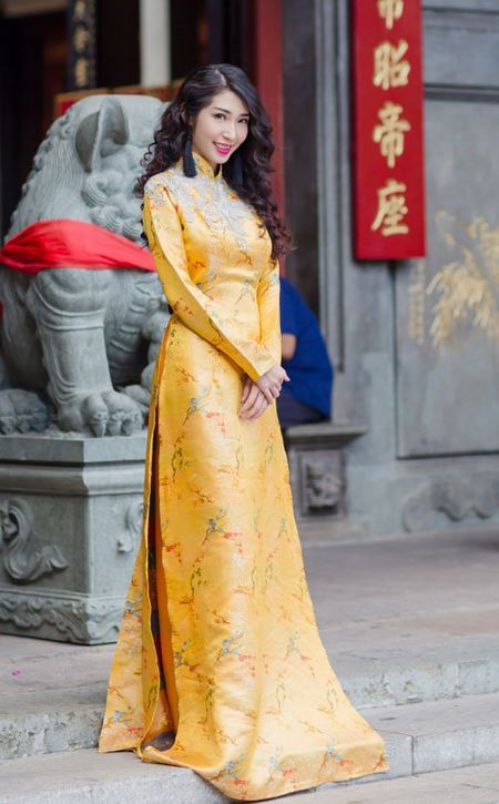 Nhan sac khac la cua Khong Tu Quynh sau 1 nam tai xuat - Anh 6