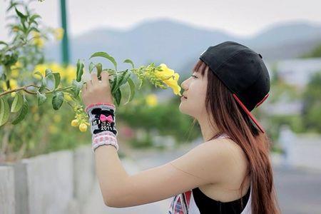Nu rapper 9X xinh dep gay sot cong dong mang gan xa - Anh 7