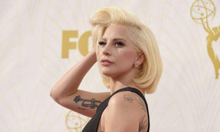 Lady Gaga se bieu dien tai le trao giai Grammy 2016 - Anh 1