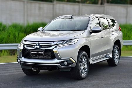 "Mitsubishi ra mat Pajero Sport 2017 ""dau"" Toyota Fortuner - Anh 2"