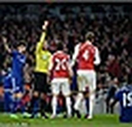 Arsenal hut hoi, vang ra khoi top 3 - Anh 5
