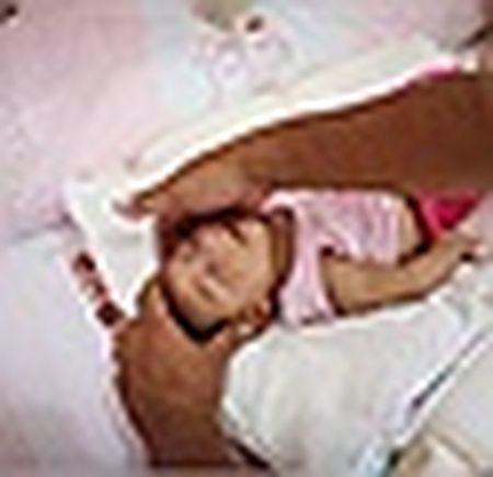 Thai phu nhiem virus Zika duoc cap phat thuoc pha thai mien phi - Anh 4