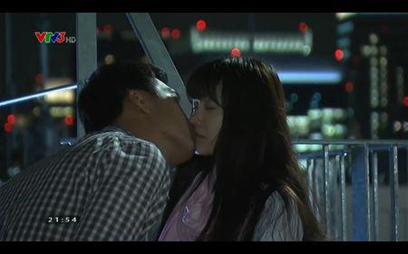 Phim Khuc hat mat troi - Tap 21: Nha Phuong bat khoc khi Quang Tuan to tinh - Anh 1
