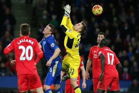 Leicester nhan chim Liverpool, Arsenal tut hang - Anh 1