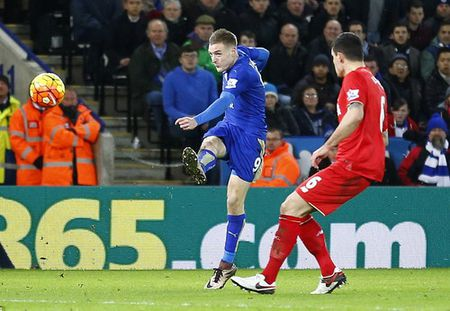 Leicester nhan chim Liverpool, Arsenal tut hang - Anh 3