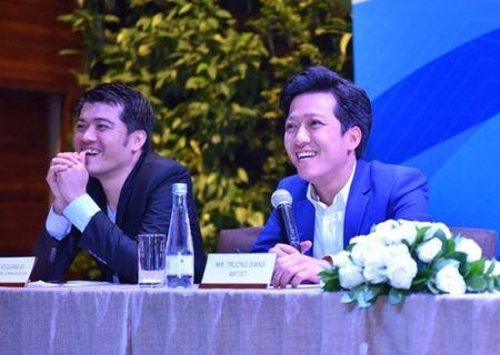 Truong Giang tang suat hoc bong toan phan cho Nha Phuong vi 'dep' - Anh 2