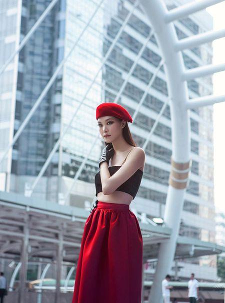 Pham Huong, Thanh Hang di giay the thao van dep phat ghen - Anh 4