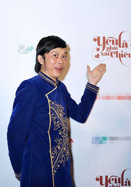 DV Hoang Phuc tinh tu ben vo moi cuoi trong su kien - Anh 4