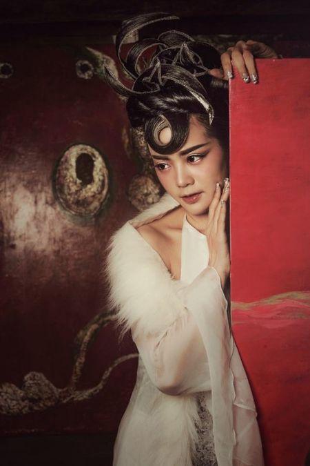 Nghe sy Thanh Le – Toi huong toi hinh anh nguoi phu nu da nang - Anh 10