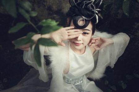 Nghe sy Thanh Le – Toi huong toi hinh anh nguoi phu nu da nang - Anh 9