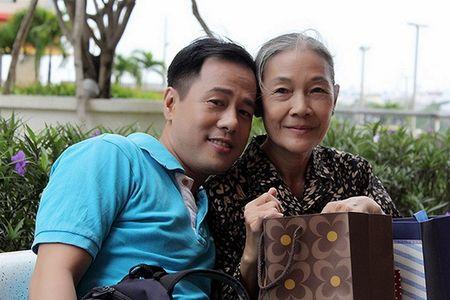 Xuc dong voi bo anh 'Me oi con se ve' cua PGS – TS Huynh Van Son - Anh 16