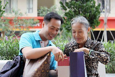 Xuc dong voi bo anh 'Me oi con se ve' cua PGS – TS Huynh Van Son - Anh 9