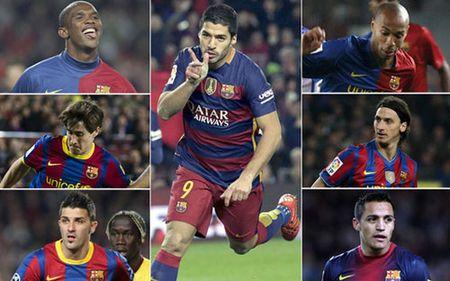 """""""So 9"""" o Barca: Suarez con """"dinh"""" hon Eto'o - Anh 1"""