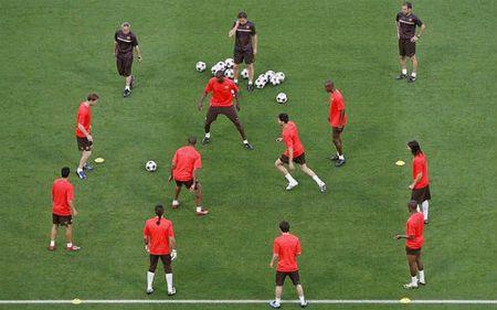 Pep Guardiola va bi quyet thanh cong dac biet - Anh 1