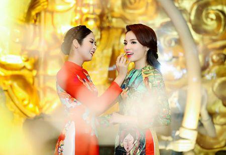 Ngoc Han, Ky Duyen 'don tet' trong bep - Anh 12