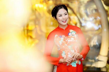 Ngoc Han, Ky Duyen 'don tet' trong bep - Anh 14