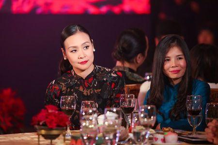 Ngoc Han, Ky Duyen 'don tet' trong bep - Anh 15