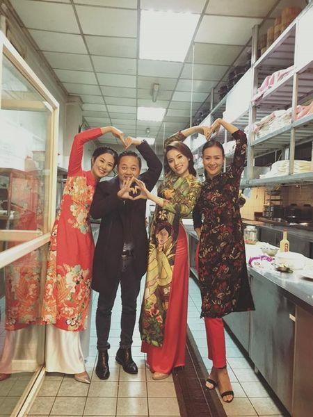 Ngoc Han, Ky Duyen 'don tet' trong bep - Anh 1