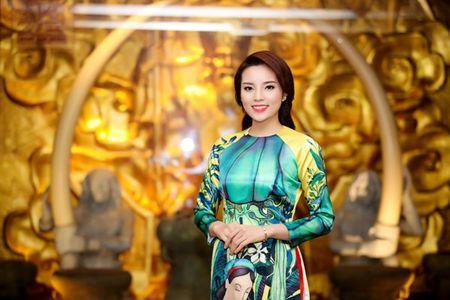 Ngoc Han, Ky Duyen 'don tet' trong bep - Anh 3