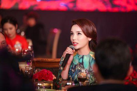 Ngoc Han, Ky Duyen 'don tet' trong bep - Anh 4