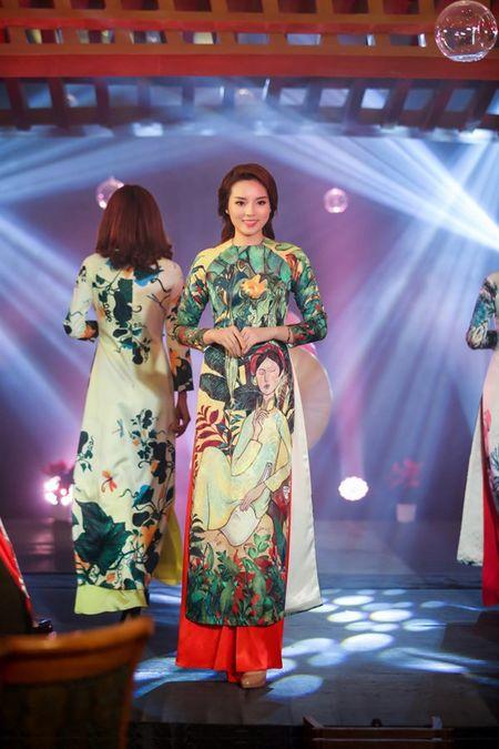 Ngoc Han, Ky Duyen 'don tet' trong bep - Anh 7