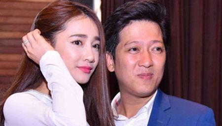 Nha Phuong dien ao dai e ap ben Truong Giang - Anh 1
