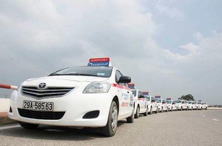"Taxi cong nghe no ro, ""noi com"" taxi truyen thong voi nhieu - Anh 2"