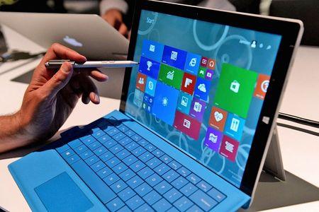 Microsoft thu hoi day sac Surface Pro vi so chay no - Anh 1