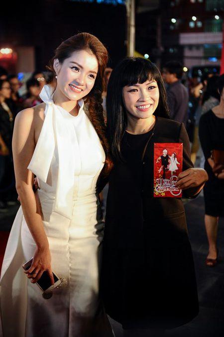 Hoai Linh den chuc mung Khuong Ngoc ra mat phim dau tay - Anh 5