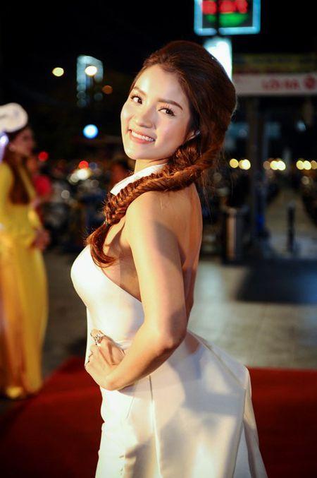 Hoai Linh den chuc mung Khuong Ngoc ra mat phim dau tay - Anh 6