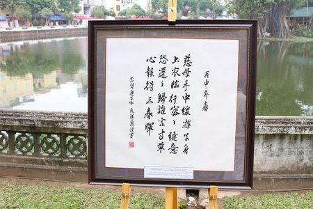 Dai su My hoc viet thu phap tai Hoi chu Xuan Binh Than - Anh 2