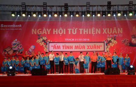 Sacombank to chuc hoat dong tu thien Xuan Binh Than - Anh 1