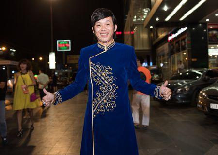 Hoai Linh bat ngo du ra mat phim Tet cua Khuong Ngoc - Anh 1