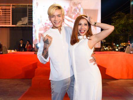 Hoai Linh bat ngo du ra mat phim Tet cua Khuong Ngoc - Anh 4