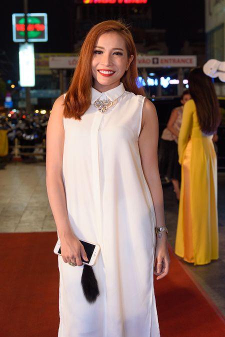Hoai Linh bat ngo du ra mat phim Tet cua Khuong Ngoc - Anh 5