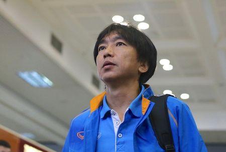 HLV Miura tro ve Nhat Ban vao 7/2 - Anh 1