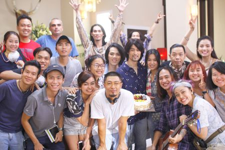 Nhung Kate mung sinh nhat Tri Nguyen tren phim truong - Anh 7