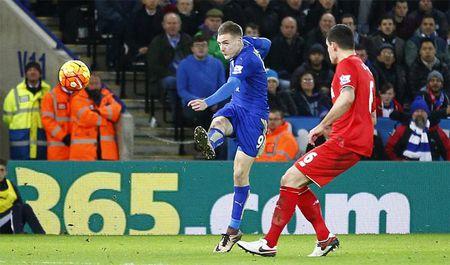 Vardy lap sieu pham nhan chim Liverpool Highlights: Leicester 2-0 Liverpool - Anh 1