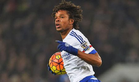 Loic Remy khong den Leicester duoc vi… thoi tiet - Anh 1