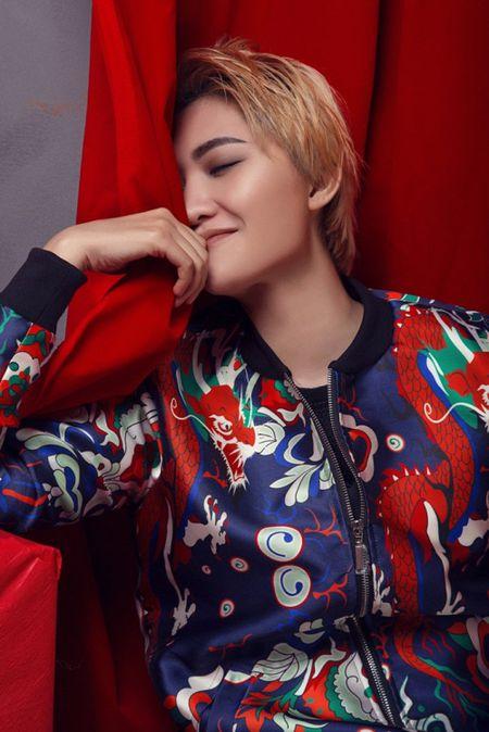 Sau 'Noi di ma', Vicky Nhung tiep tuc tung MV Tet - Anh 2