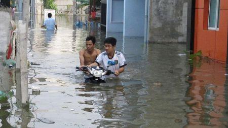 Nhung van nan lon nao dang thach thuc tan Bi thu Thanh uy TPHCM Dinh La Thang? - Anh 2