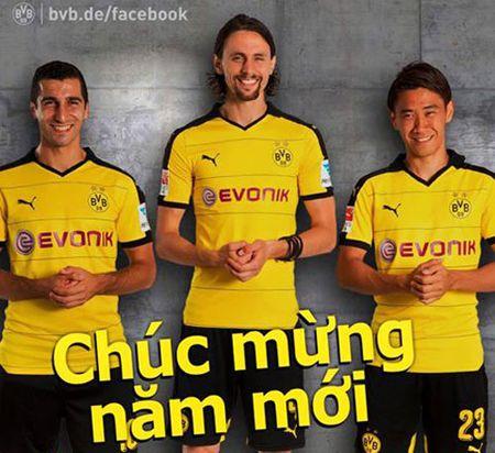 DIEM TIN TOI (8.2): Chelsea chuc Tet CDV Viet Nam, M.U dinh ngay sa thai Van Gaal - Anh 5