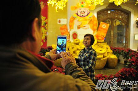 Phao hoa ruc sang troi ca nuoc don xuan Binh Than 2016 - Anh 6