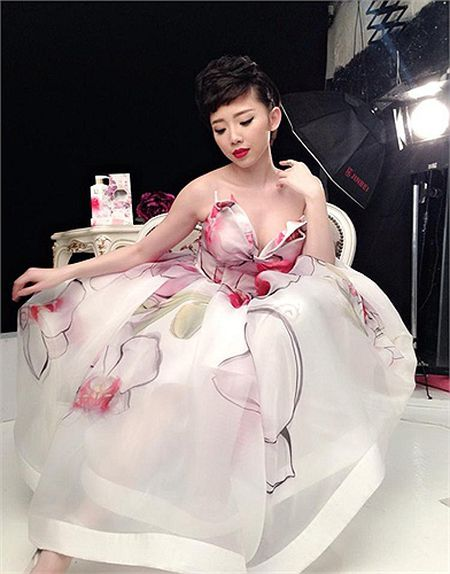 My nu Toc Tien sexy khuynh dao showbiz Viet - Anh 14