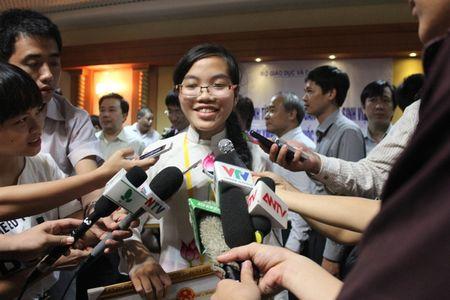 'Co gai vang' Olympic Vat ly tam su chuyen don Tet - Anh 2